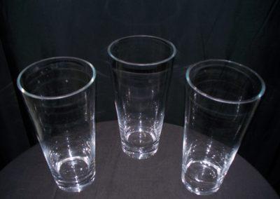 Medium Round Cylinder Vase $3.00