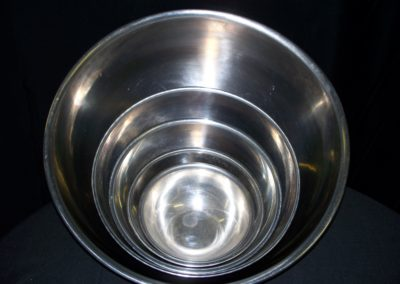Stainless Steel Serving Bowls $5 - $8